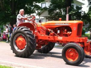 Lenger, Gary tractor